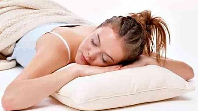 На животе спать вредно